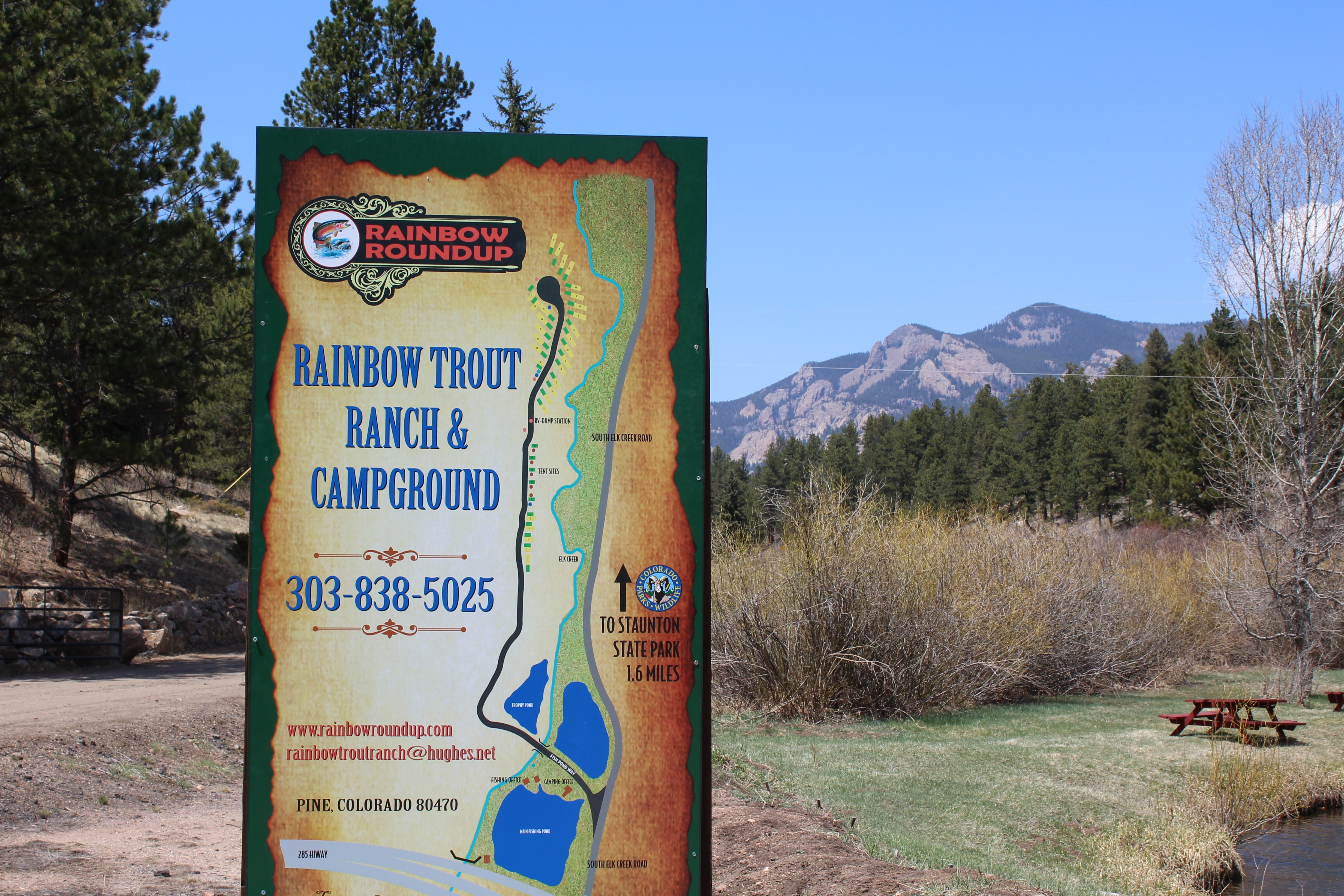Rainbow Ranch & Campground Sign